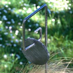 Tuteur métallique de jardin PIET fer cannelé avec étiquette ardoise ronde