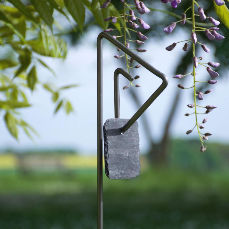 Tuteur métallique de jardin PABLO fer 6 avec étiquette ardoise carrée coins arrondis
