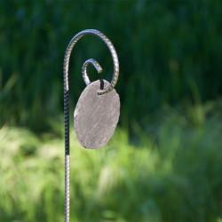 Tuteur métallique de jardin GUSTAV fer cannelé avec ardoise ronde